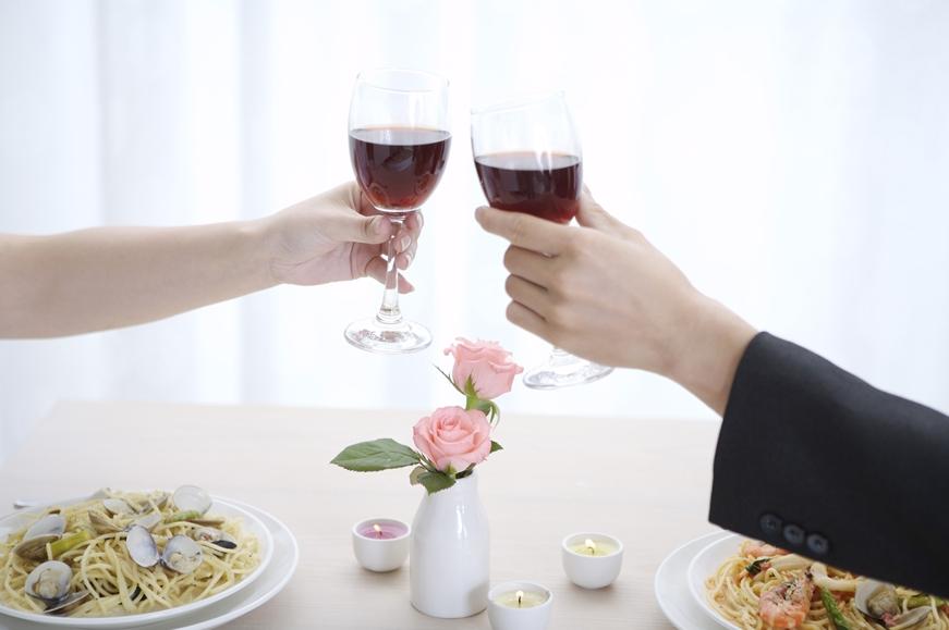 入力をお願いする理由 成婚して乾杯画像